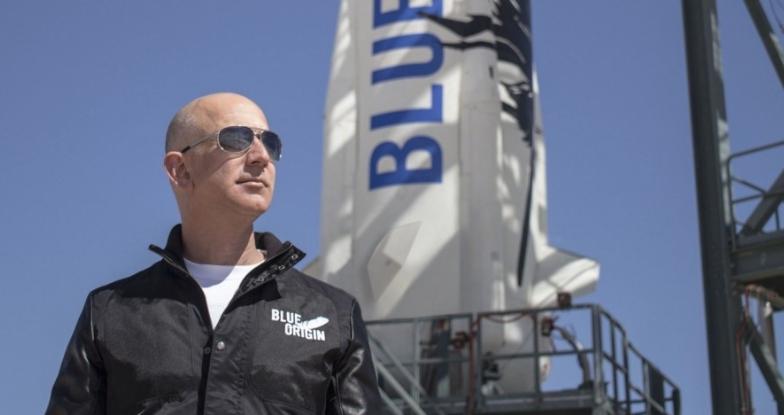 SpaceX抢下NASA登月艇大单!贝佐斯怒向政府抗议,质疑招标流程偏袒马斯克?